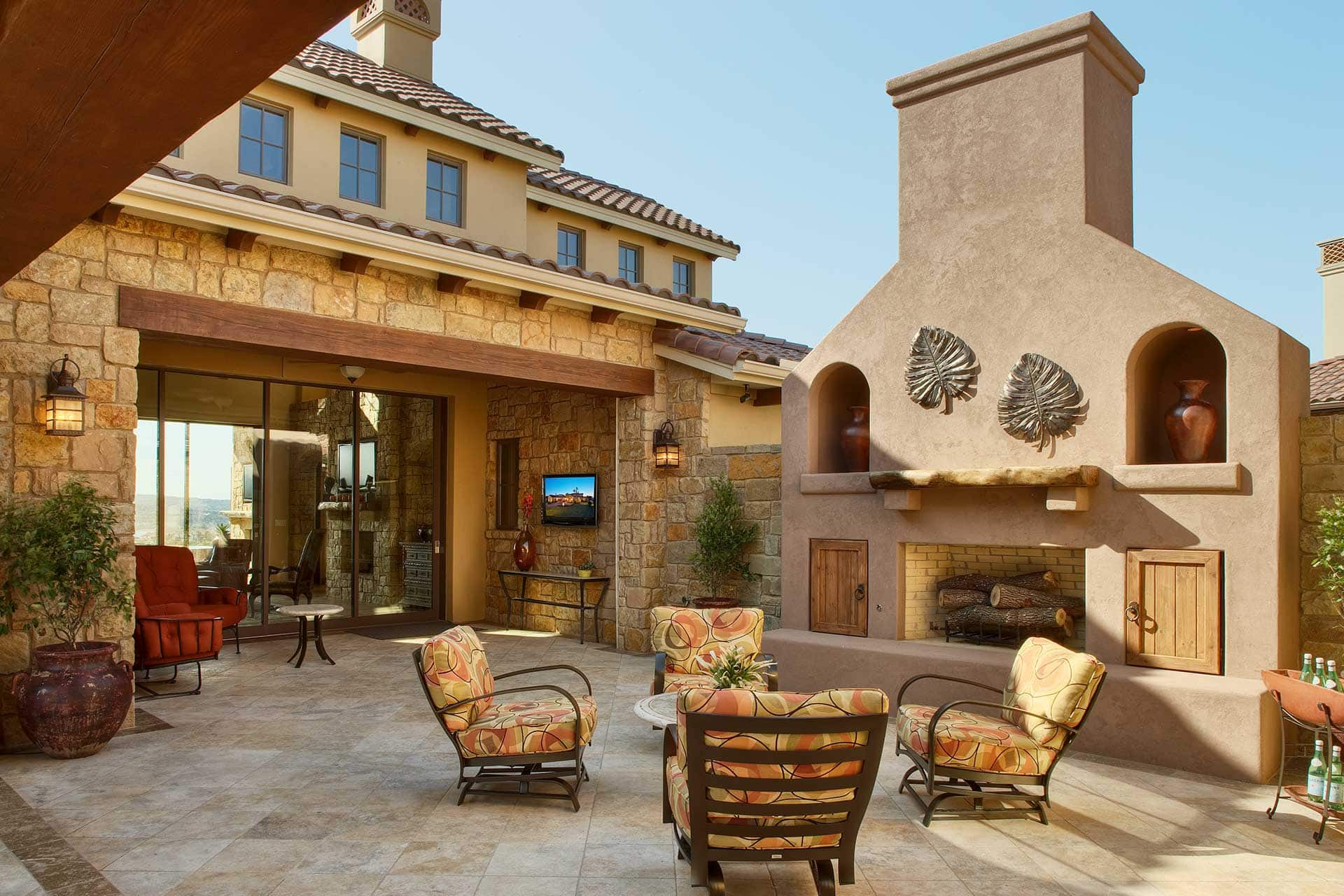 Contemporary 5911 - Courtyard with Outdoor Fireplace