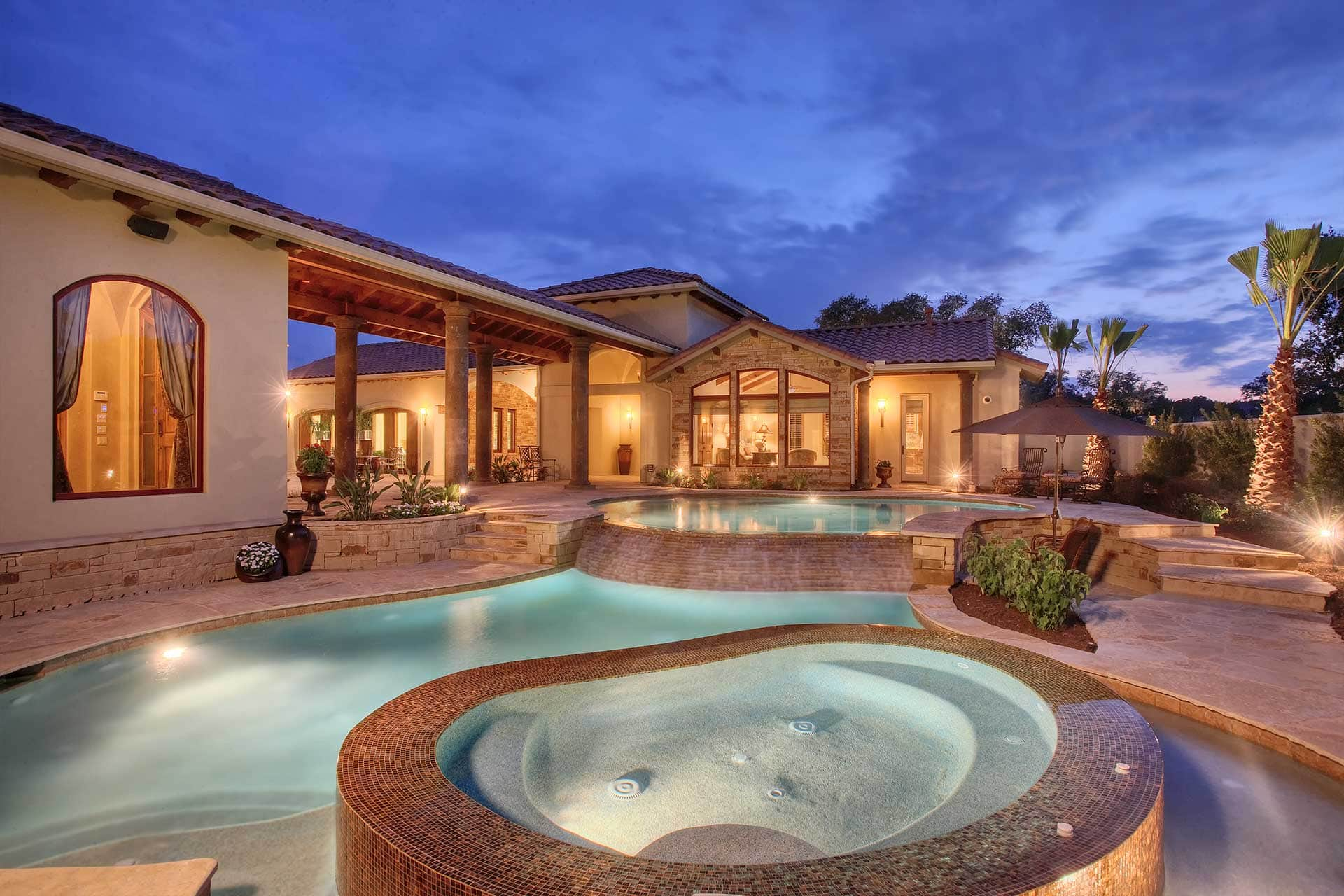 Mediterranean 7798 - Outdoor Pool & Hot Tub